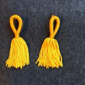 Yellow gold tassel earrings
